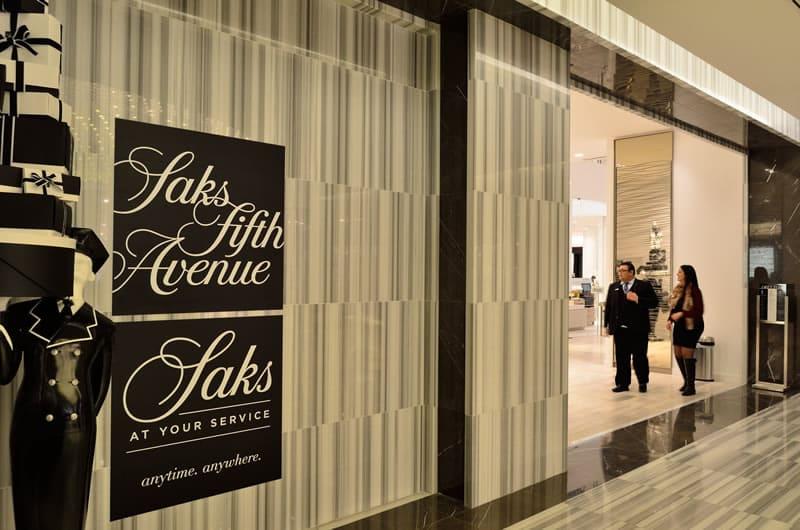 Saks Fifth Avenue, l'endroit parfait pour votre shopping de luxe à New-York !