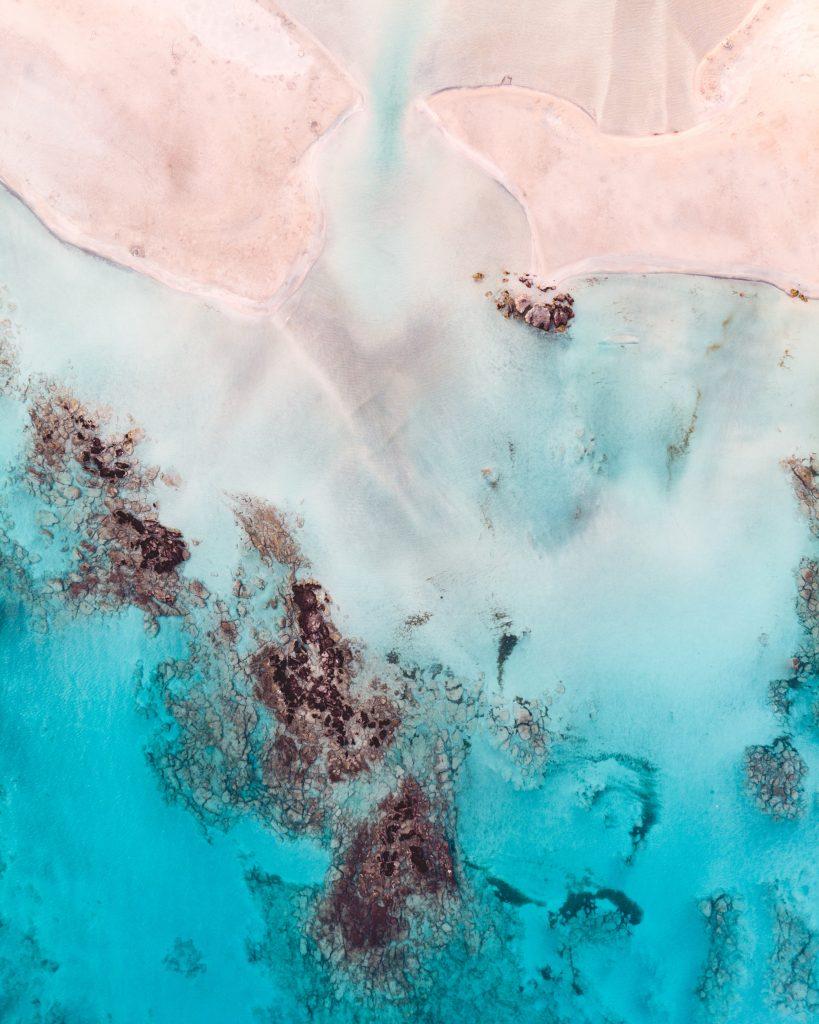 top 3 destinations été heure crête plage rose